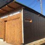ガレージに小屋をDIYで作る:11〜外壁にガルバリウムサイディングを施工